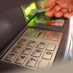 Где и как снять деньги с карты Почта Банка без комиссии